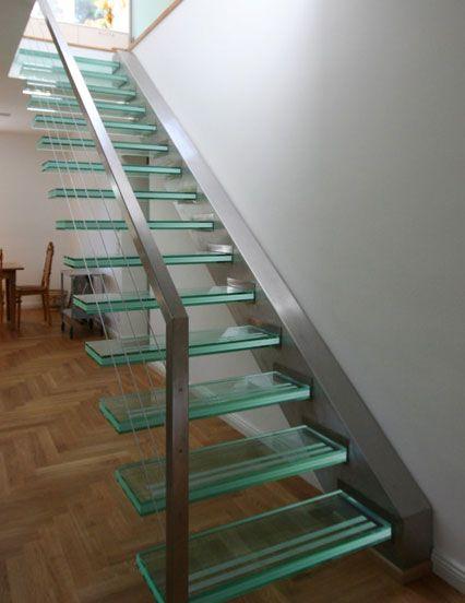 glastreppen beleuchtete treppen aus glas. Black Bedroom Furniture Sets. Home Design Ideas